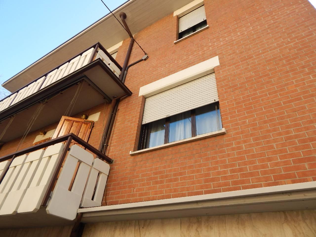 Bifamiliare Porz. in vendita Modena Zona Villaggio Giardino