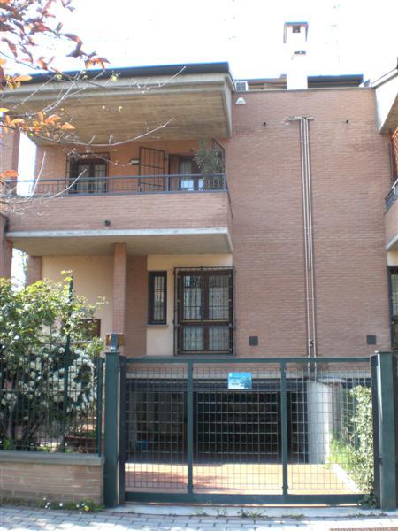 Villetta Di Testa in vendita Modena Zona Villaggio Giardino