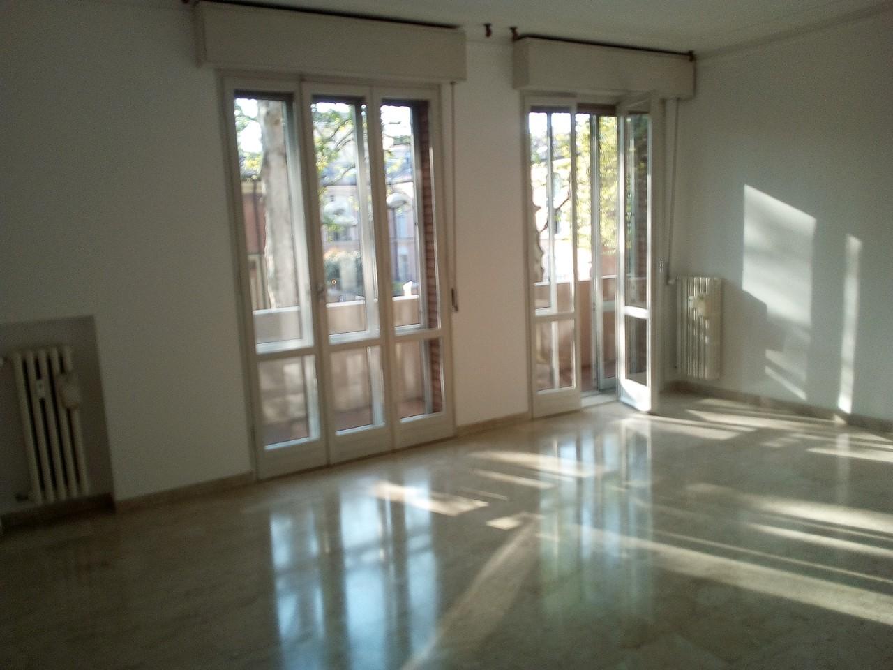 Appartamento in vendita Modena  - Viali