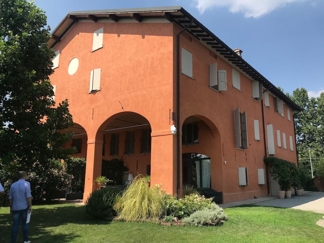 Villa Bifamiliare in vendita Modena Baggiovara