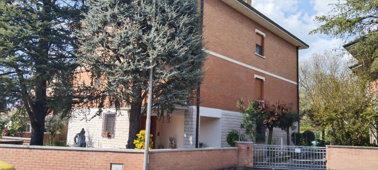 Appartamento in vendita Modena Baggiovara