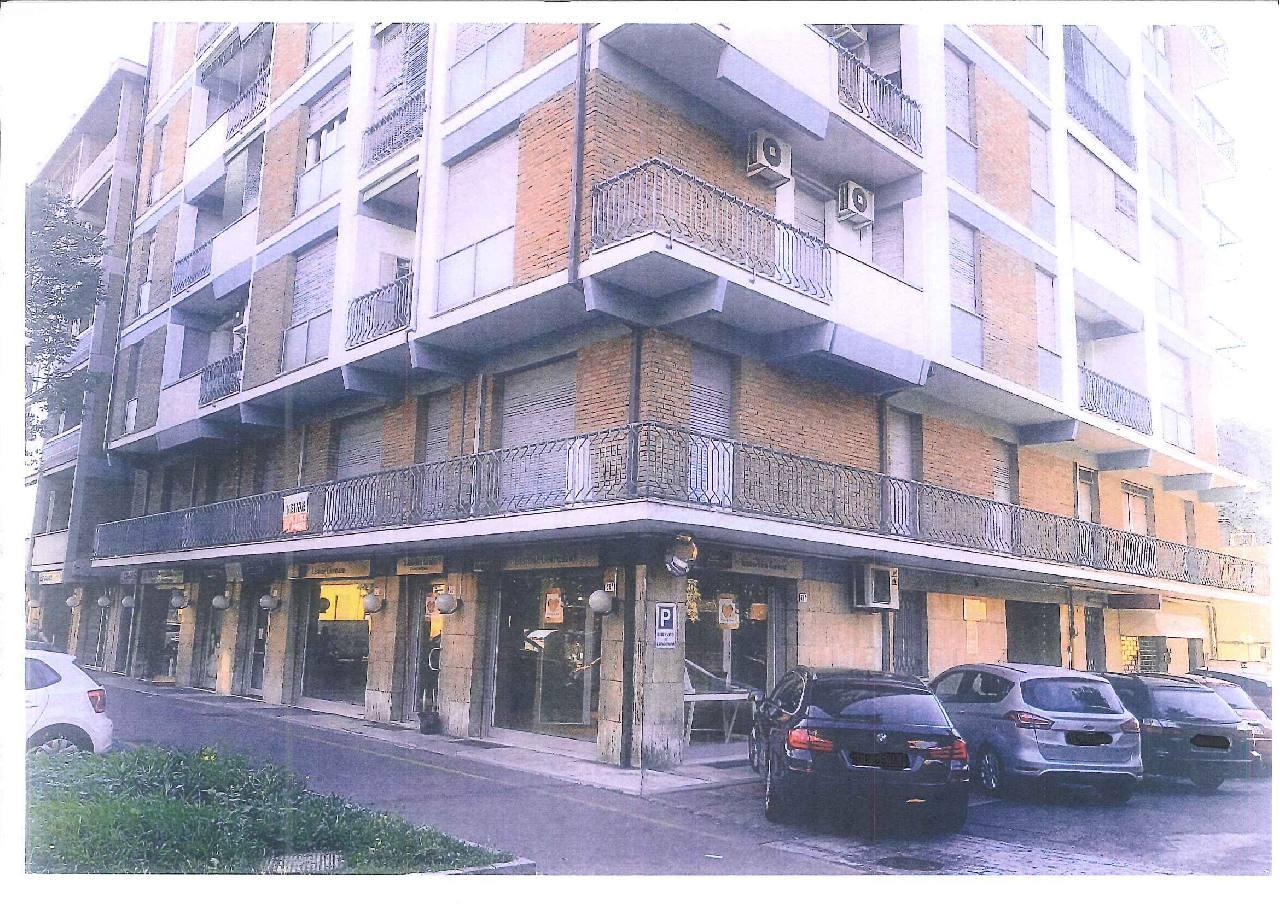 Ufficio in vendita Modena Zona Viali