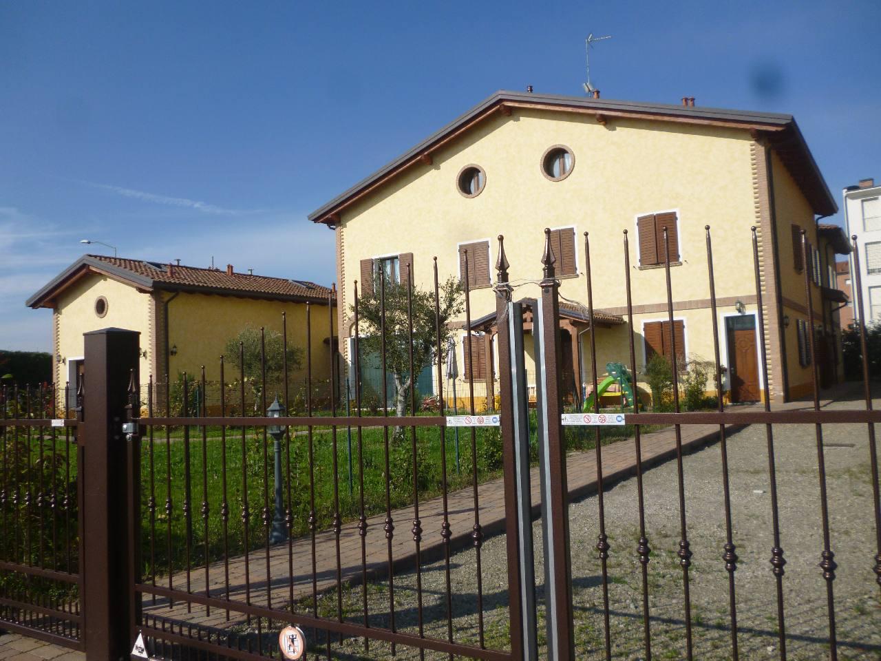Villa Abbinata in vendita Modena Zona Vaciglio