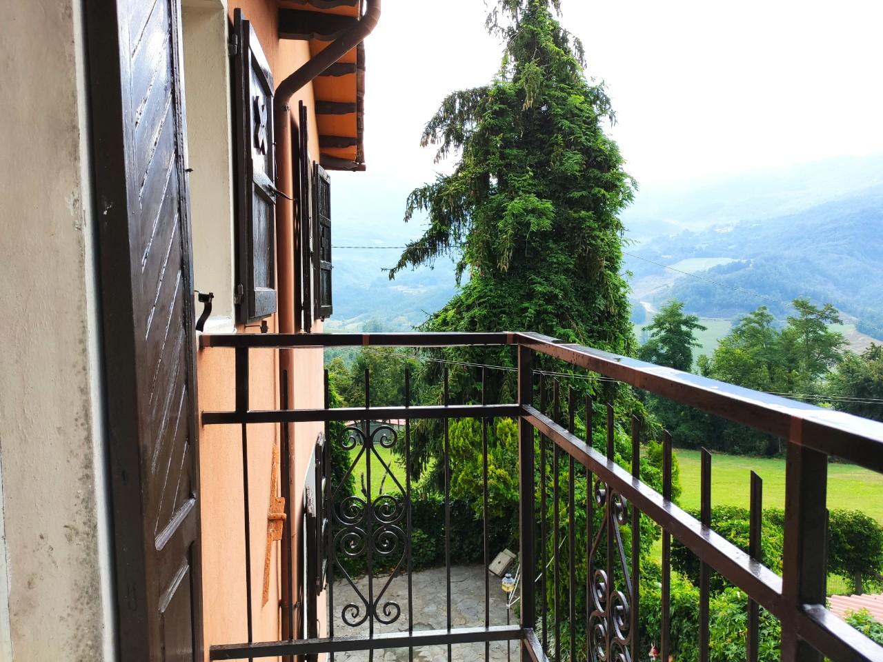 Villa Bifamiliare in vendita Corniglio