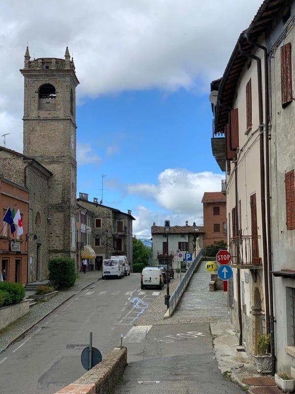 Appartamento in vendita Tizzano Val Parma