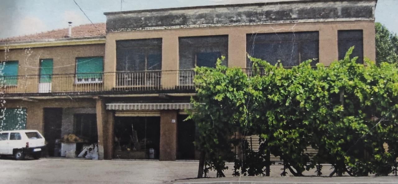 Edificio/palazzo in vendita Torrile