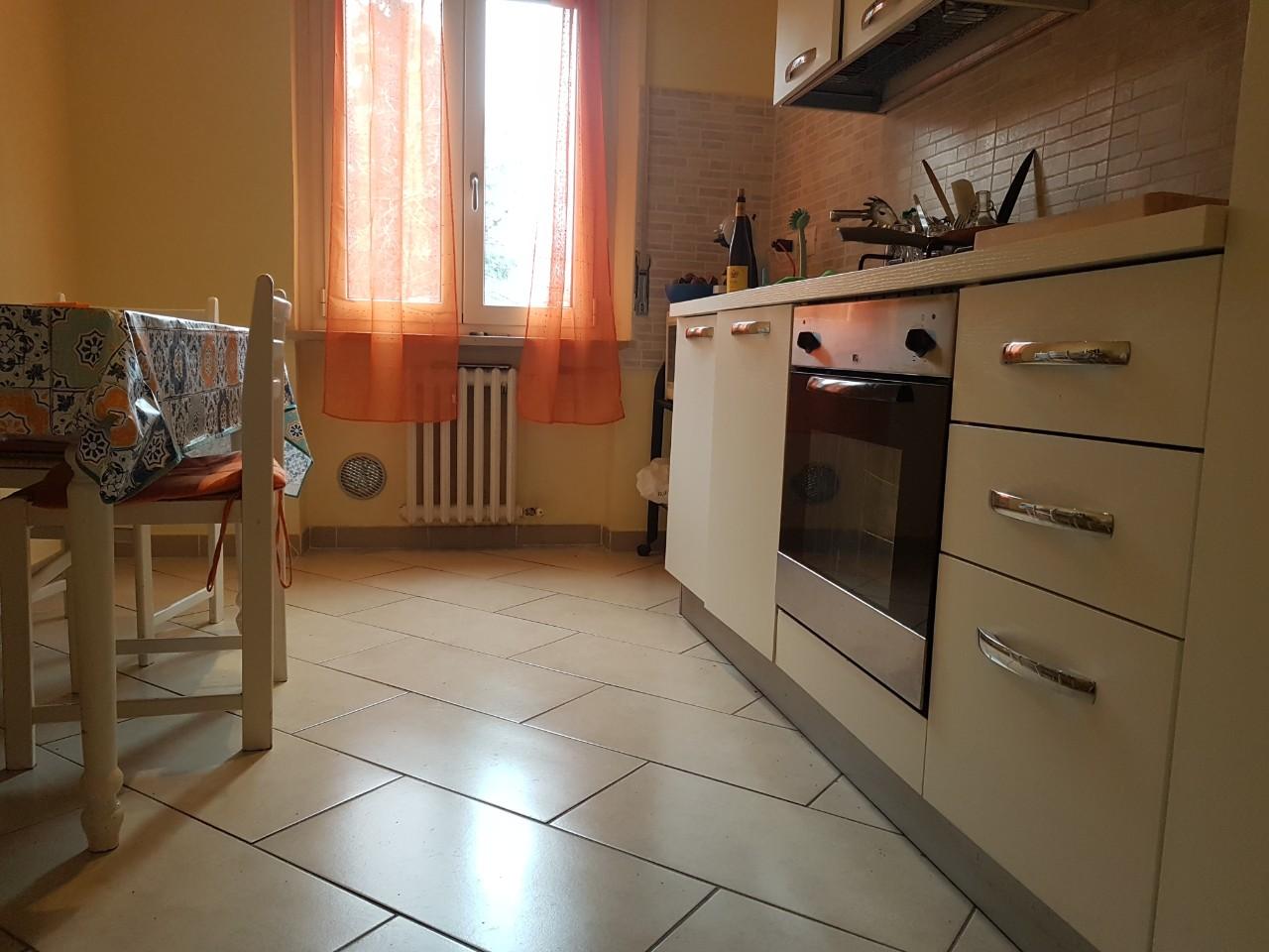 Camera Singola-doppia in affitto Parma Zona Cittadella