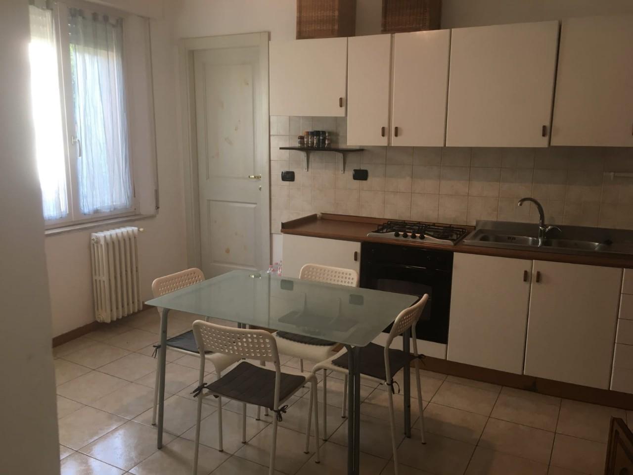 Camera Singola-doppia in affitto Parma Zona Centro storico