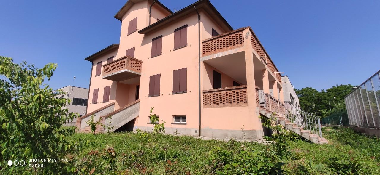 Casa Indipendente in vendita Montechiarugolo