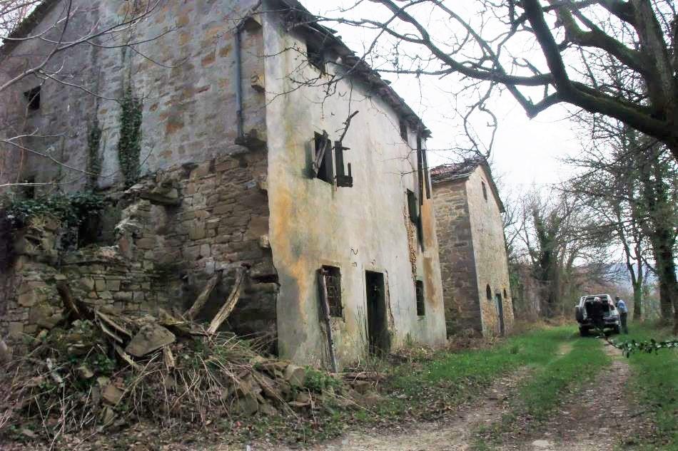 Podere (casa + Terreno) in vendita San Benedetto Val di Sambro