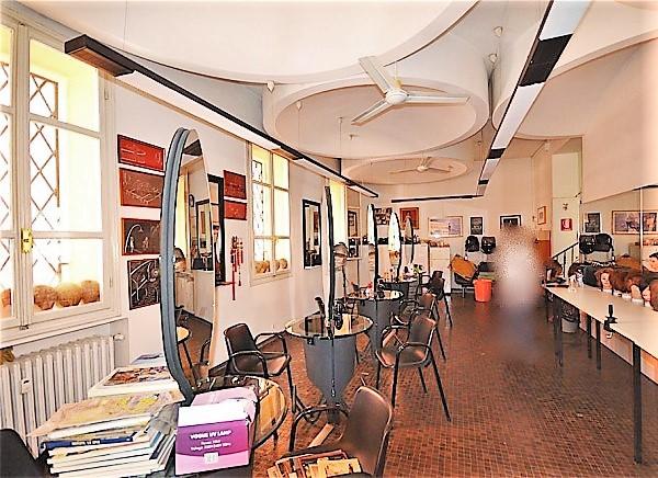 Negozio in affitto Bologna Zona Centro Storico