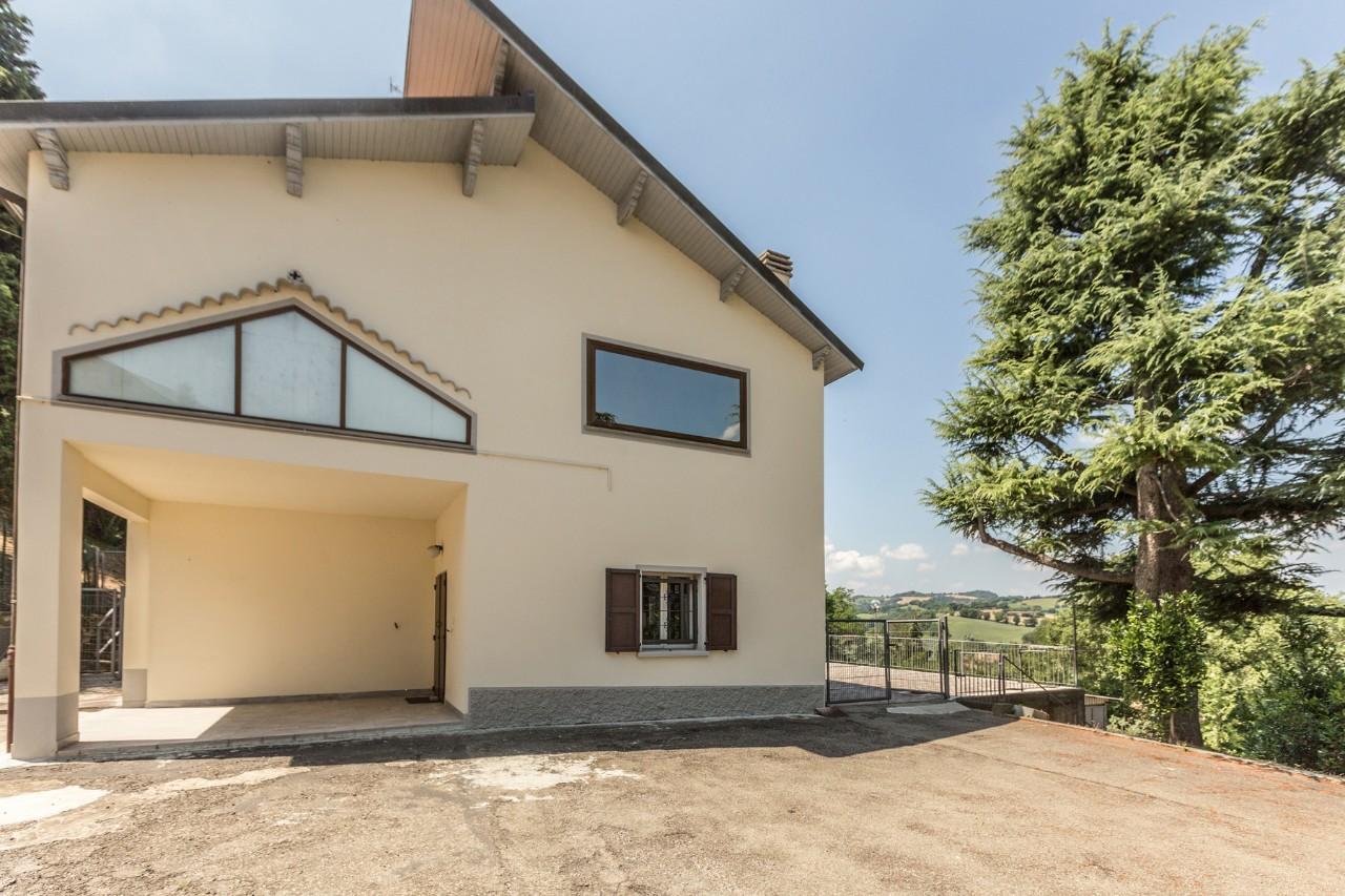 Villa Bifamiliare in vendita Castel San Pietro