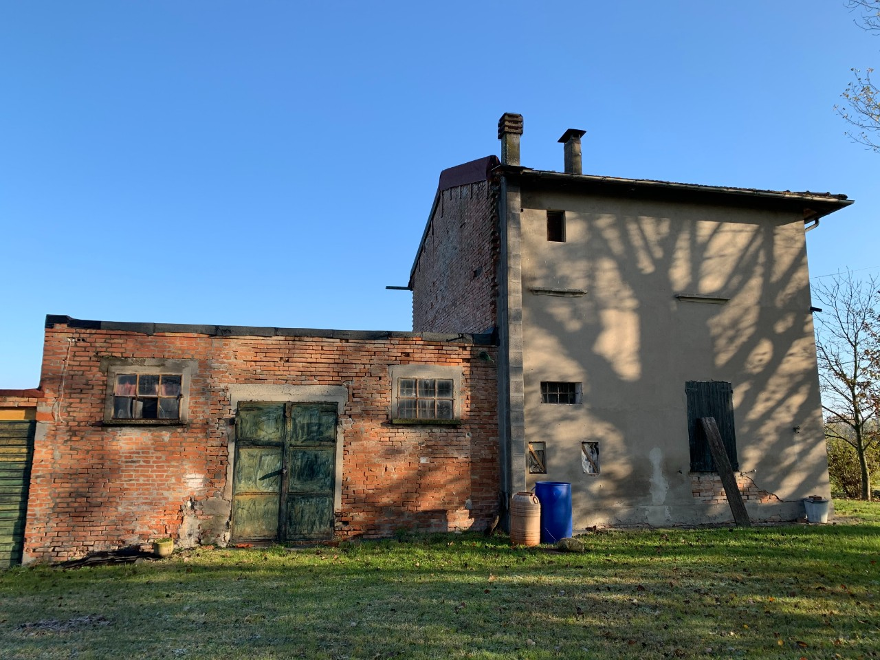 Podere (casa + Terreno) in vendita Castel San Pietro