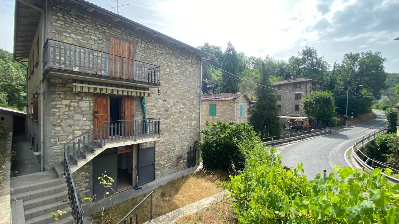 Villa Trifamiliare in vendita Monzuno