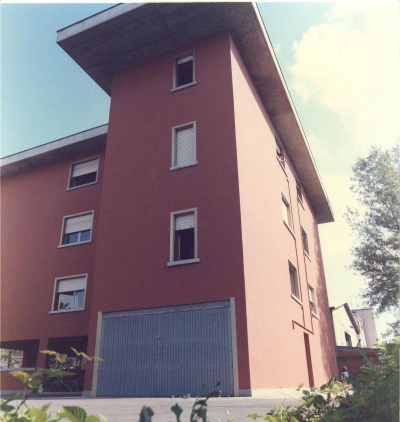 Palazzo in vendita Modena Zona Cialdini