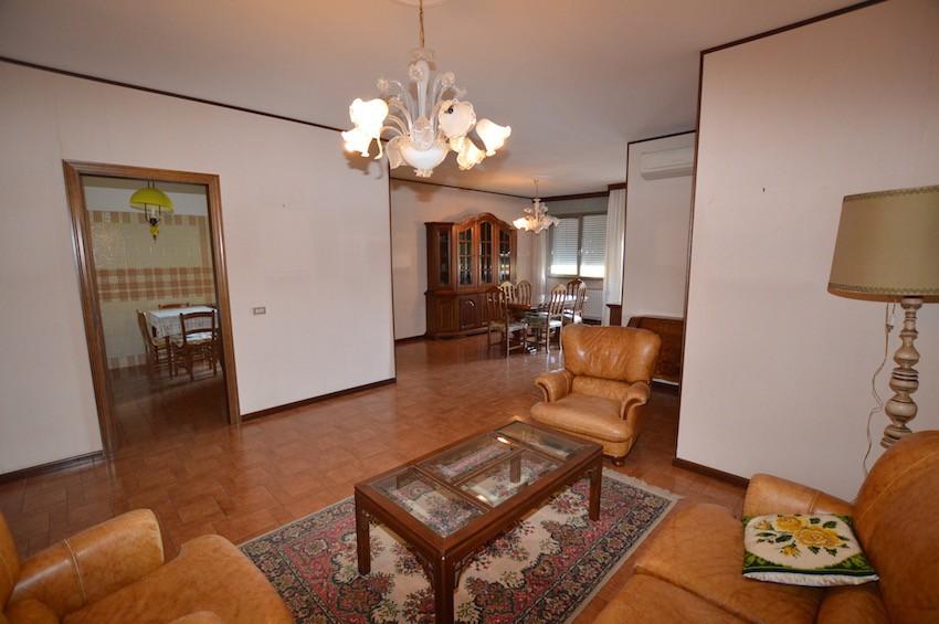 Appartamento in vendita Modena Modena Est