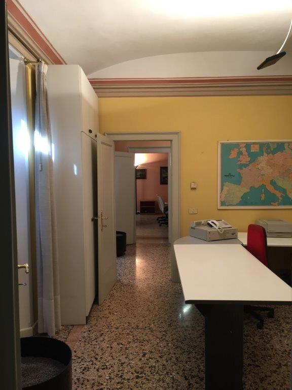 Ufficio in Affitto a Modena Zona Viali - Rif. G4M118 ...