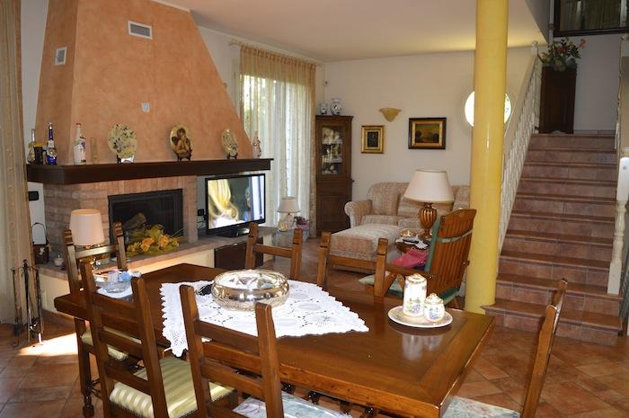 Villa Bifamiliare in vendita Modena Zona Cognento