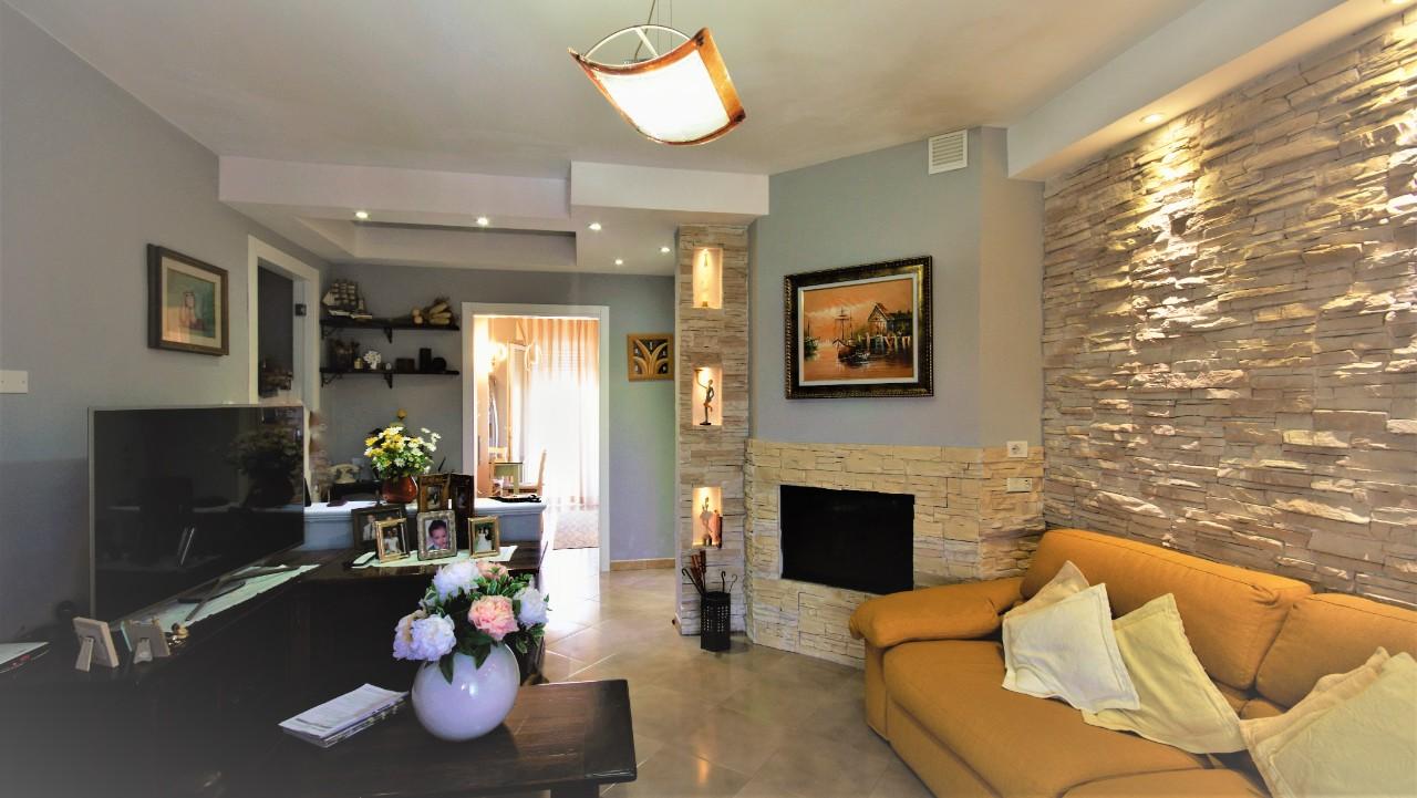 Appartamento in vendita a Rimini, 3 locali, zona Località: Corpolo, prezzo € 190.000 | CambioCasa.it