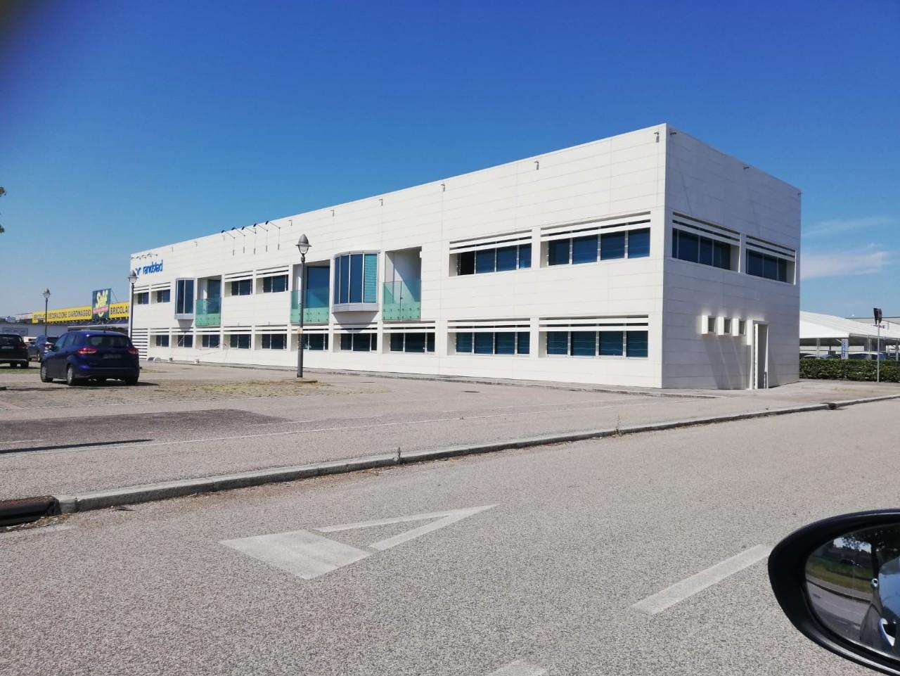 Ufficio in affitto Ravenna Zona Darsena