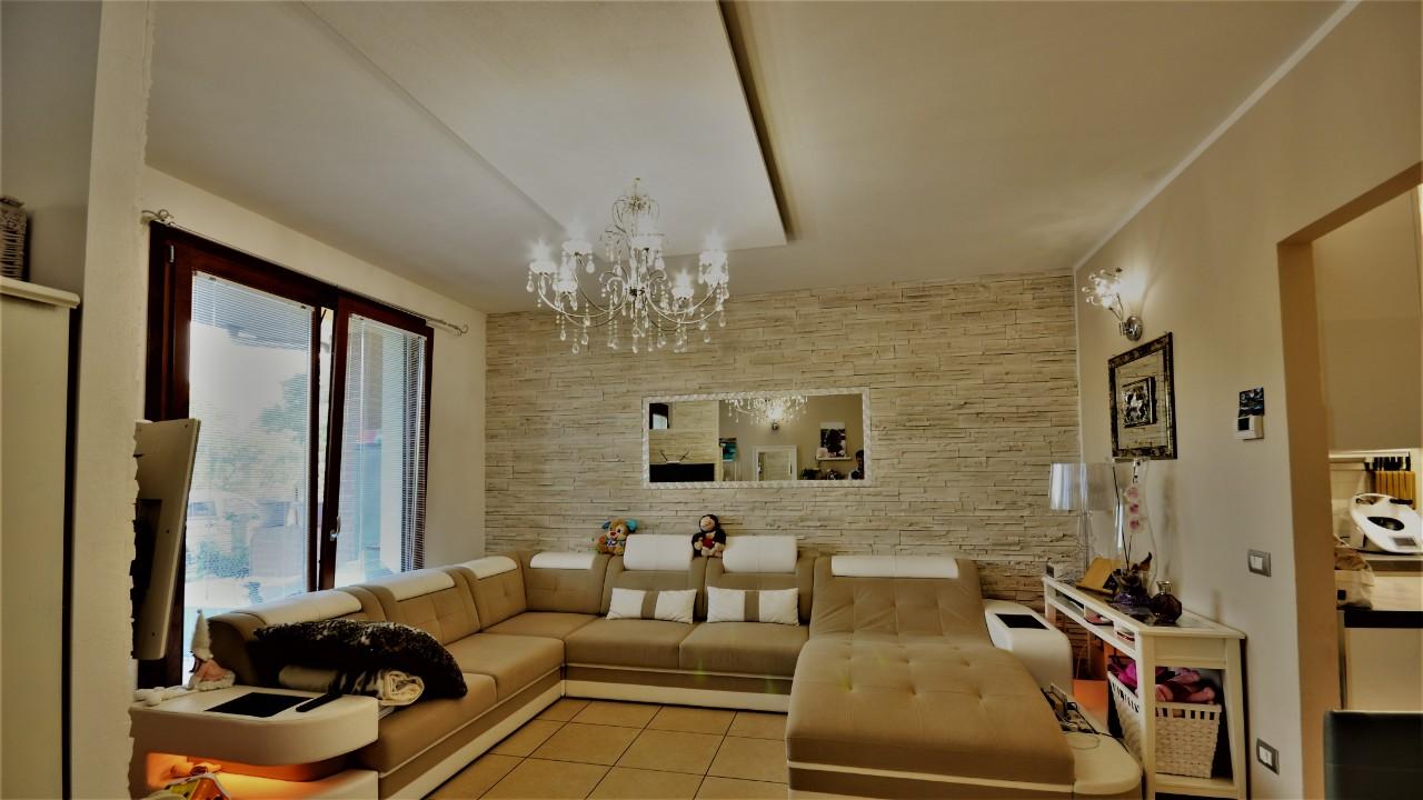Villa a Schiera in vendita a Ravenna, 2 locali, zona Zona: Mezzano, prezzo € 260.000 | CambioCasa.it