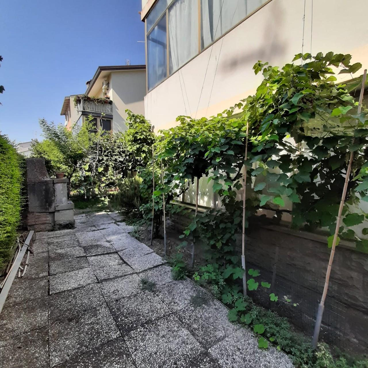 Villa Bifamiliare in vendita Ravenna Zona Poggi