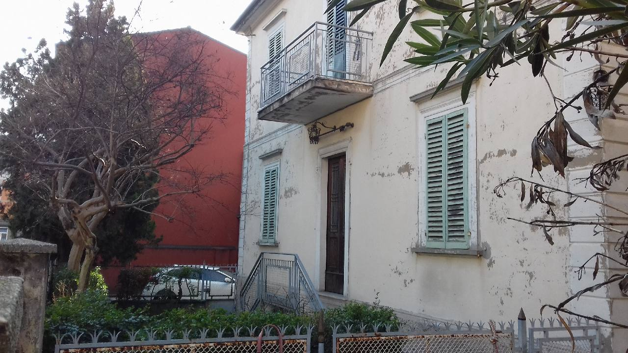 Villa Indip. in vendita Bologna Zona Massarenti
