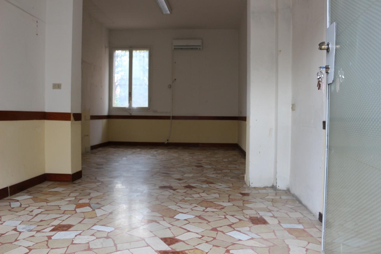Negozio in vendita San Lazzaro San Lazzaro