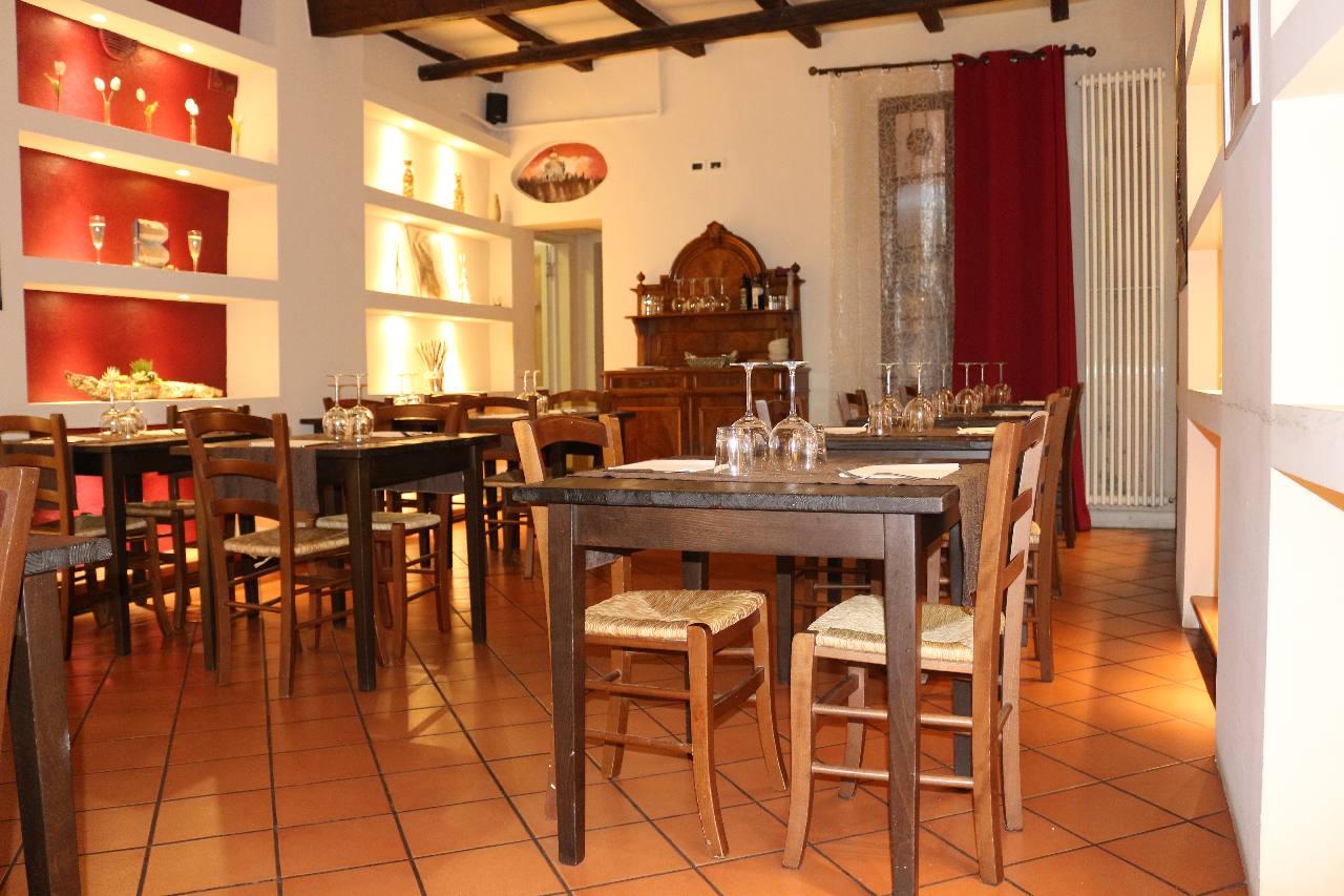 Immobili commerciali in vendita a bologna pagani immobiliare for Il portico pizzeria bologna