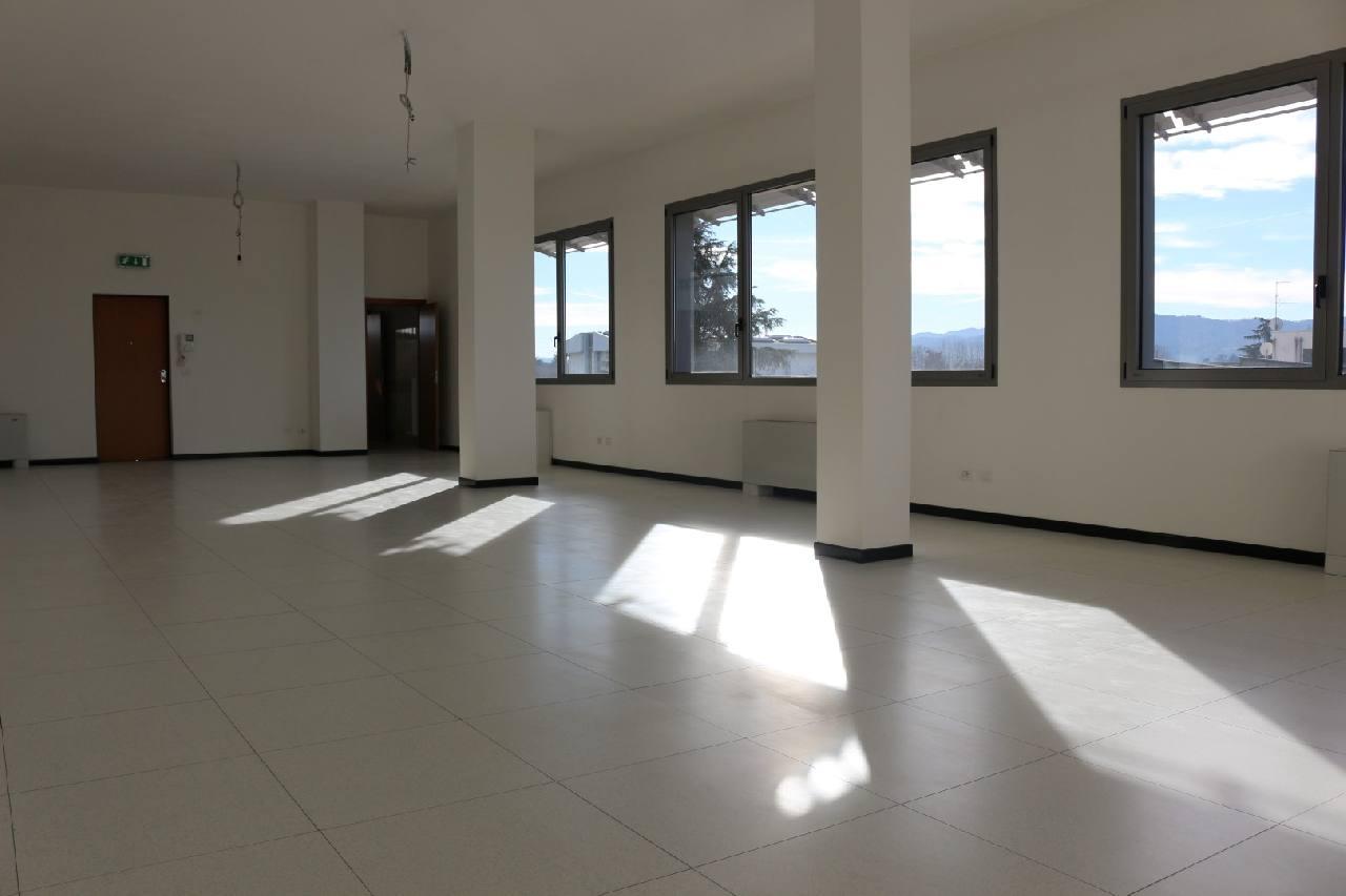 Ufficio in vendita San Lazzaro Idice