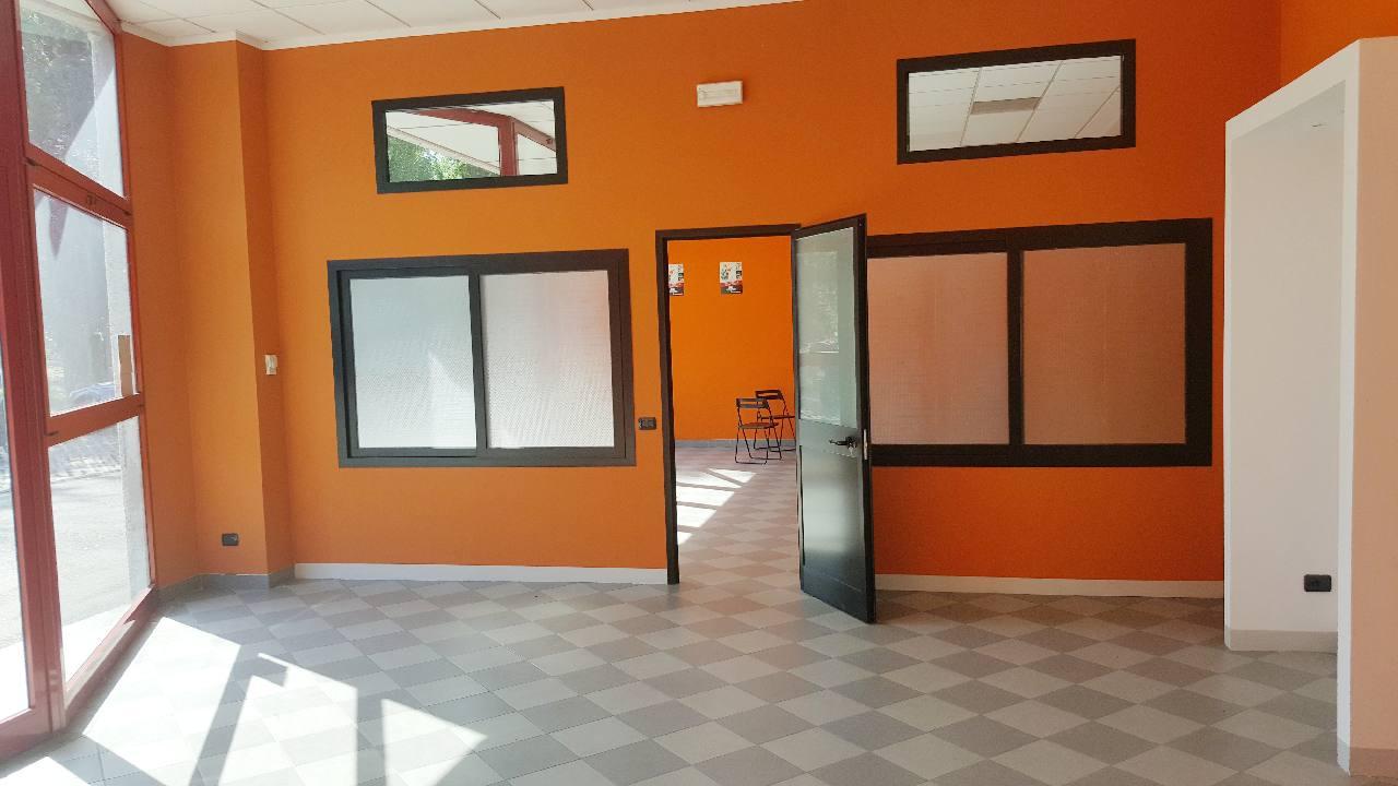 Laboratorio in affitto Reggio Emilia Zona Tondo