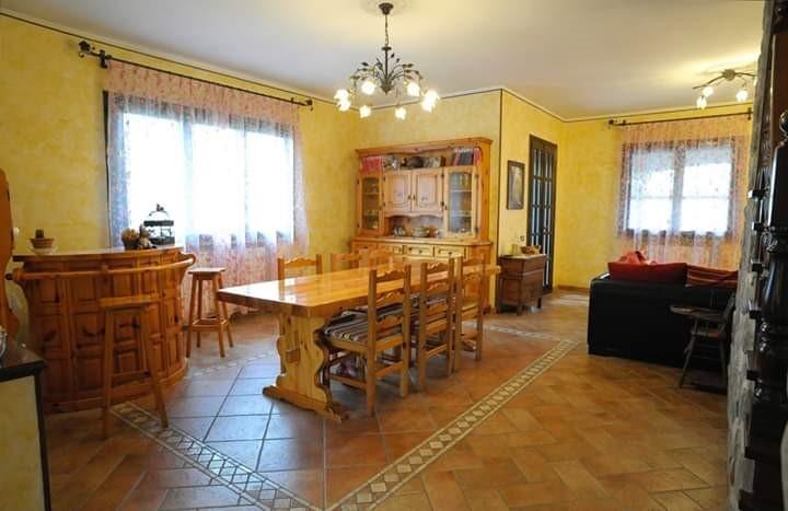 Villa Indip. in vendita Casina