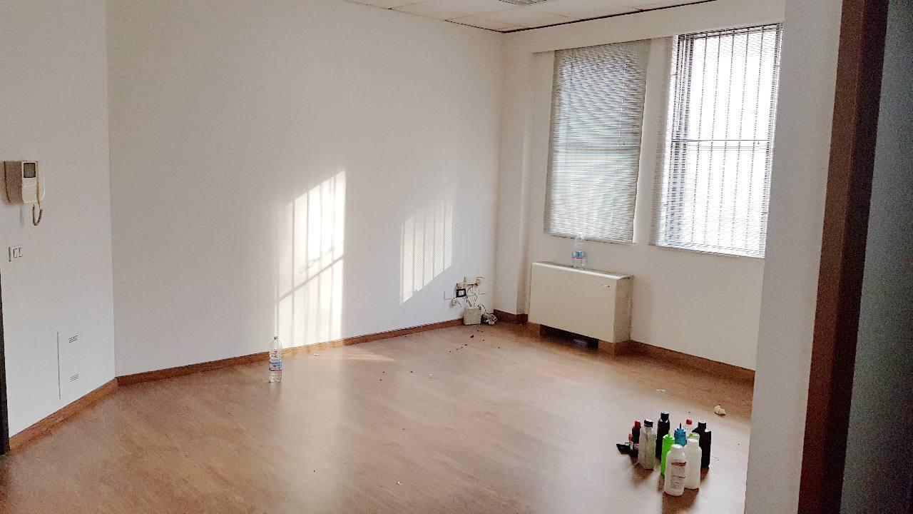 Ufficio in affitto Reggio Emilia Zona Tribunale