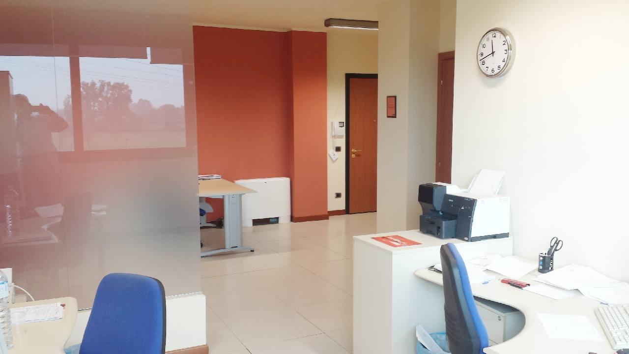 Ufficio in vendita Reggio Emilia Zona Buco del Signore