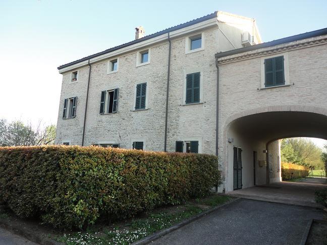 Trilocale in affitto Parma Zona Via Langhirano