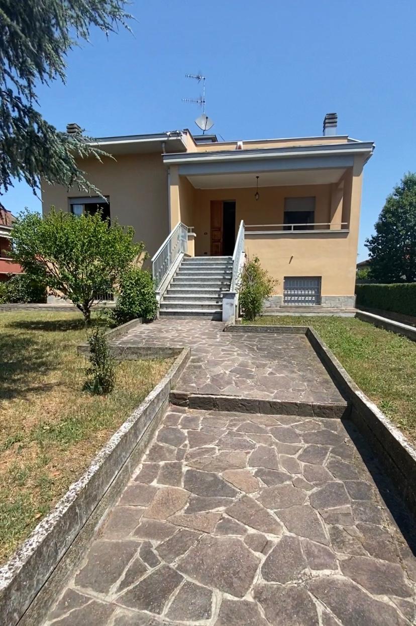 Villa Indip. in affitto Parma Zona Campus