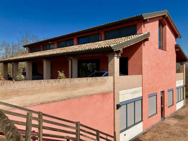 Casa Indip. in vendita Montechiarugolo