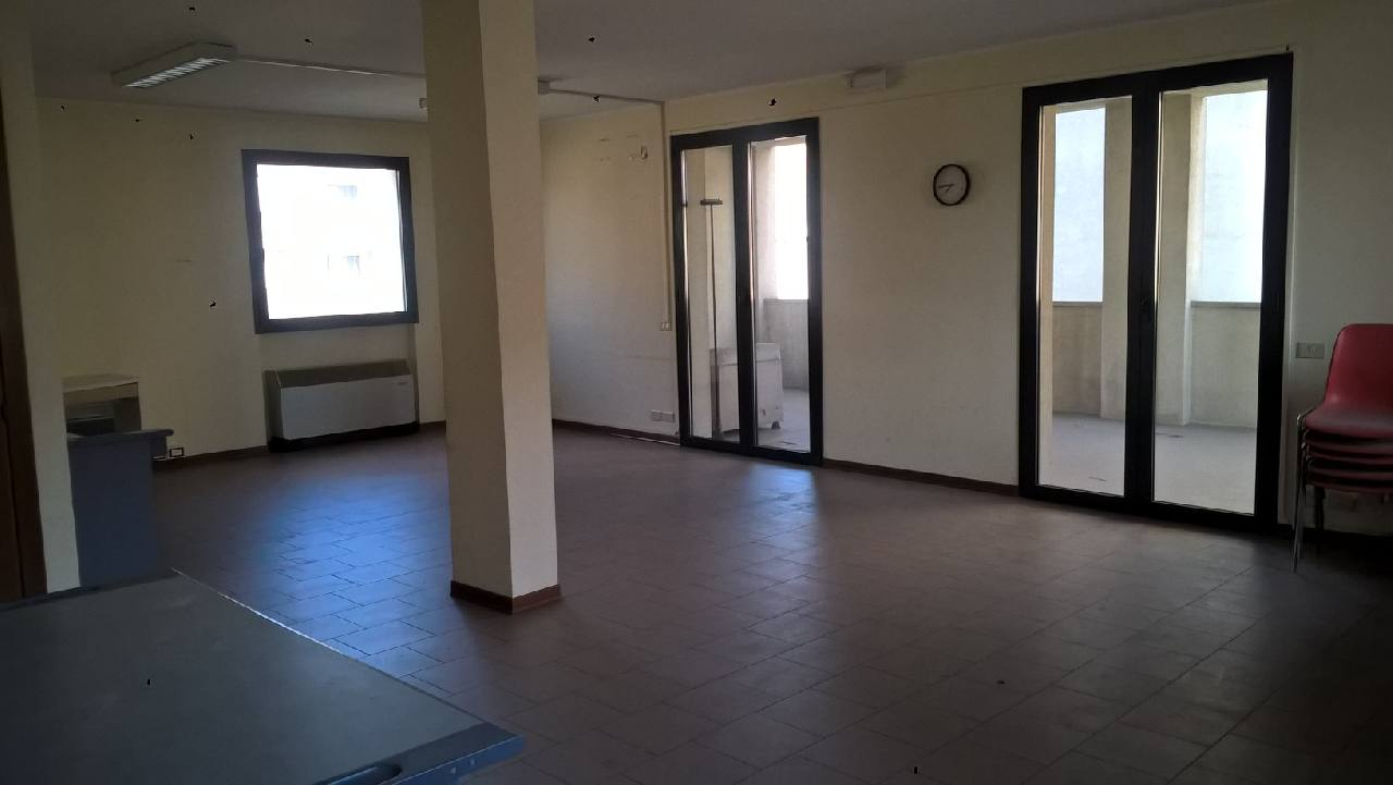 Ufficio in affitto Parma Zona Piazzale Pablo