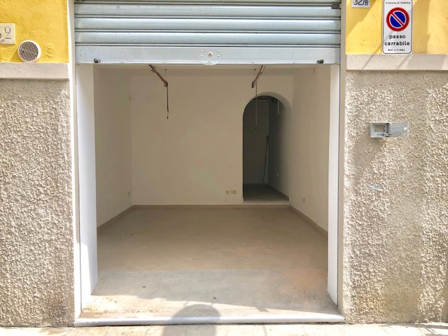Garage in vendita Parma Zona Centro storico