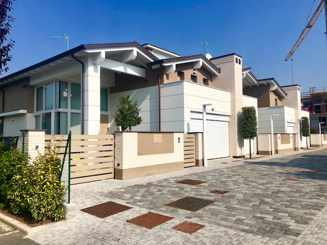 Quadrifamiliare Porz. in vendita Parma Zona Via Traversetolo