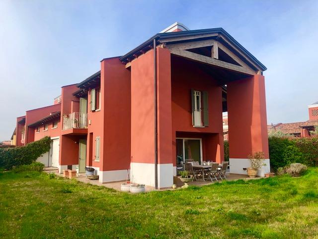 Villa Indip. in vendita Parma Zona Parma Sud