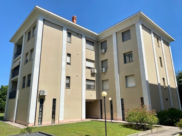 Appartamento in vendita Parma Zona Via Quarta