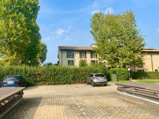 Appartamento in vendita Parma Zona Alberi