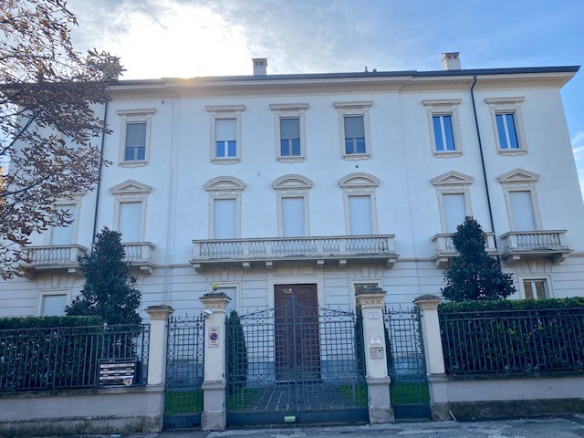 Appartamento in vendita Parma Zona Cittadella