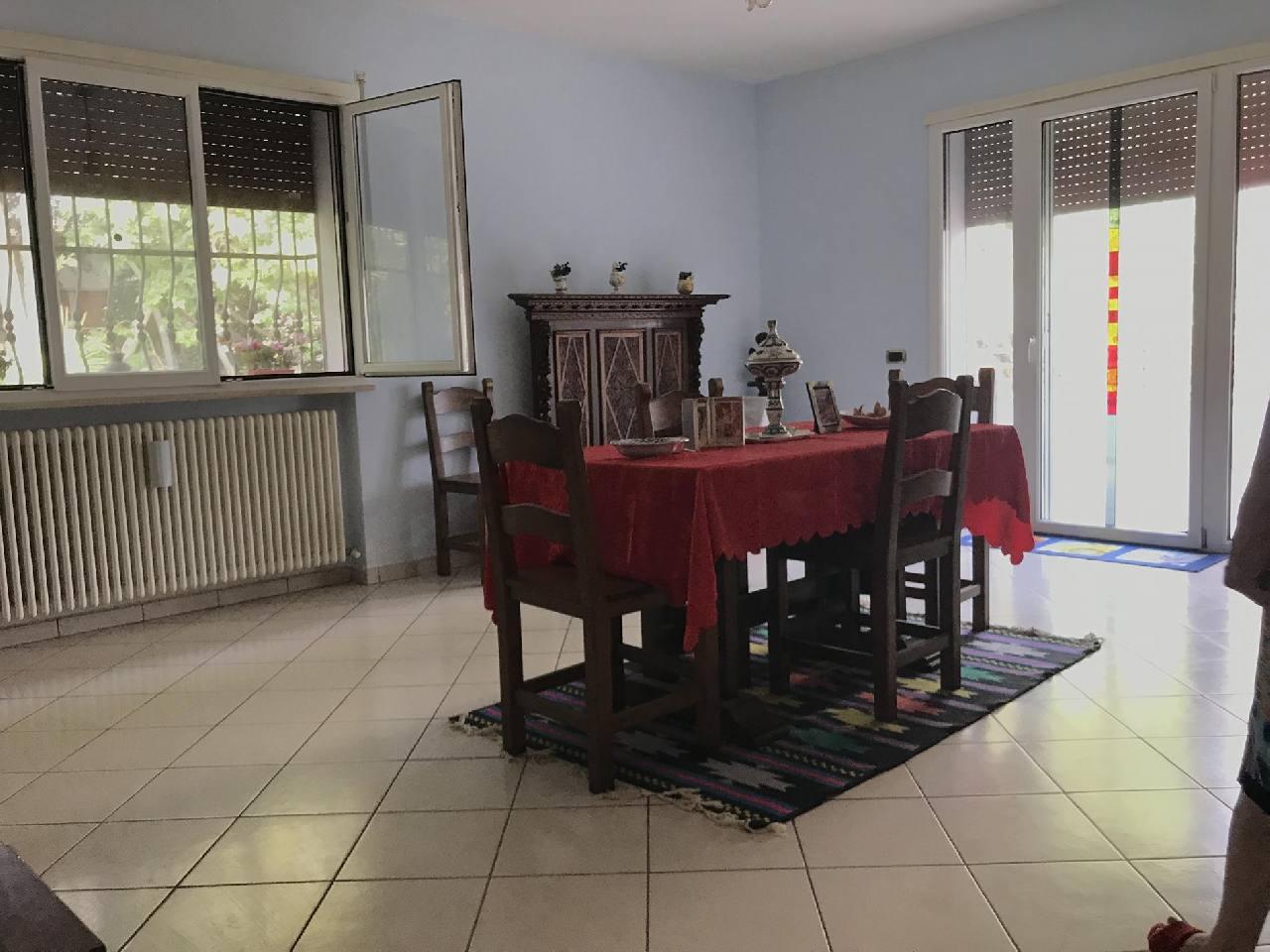 Villa Indipendente in vendita Forli Zona Viale II Giugno