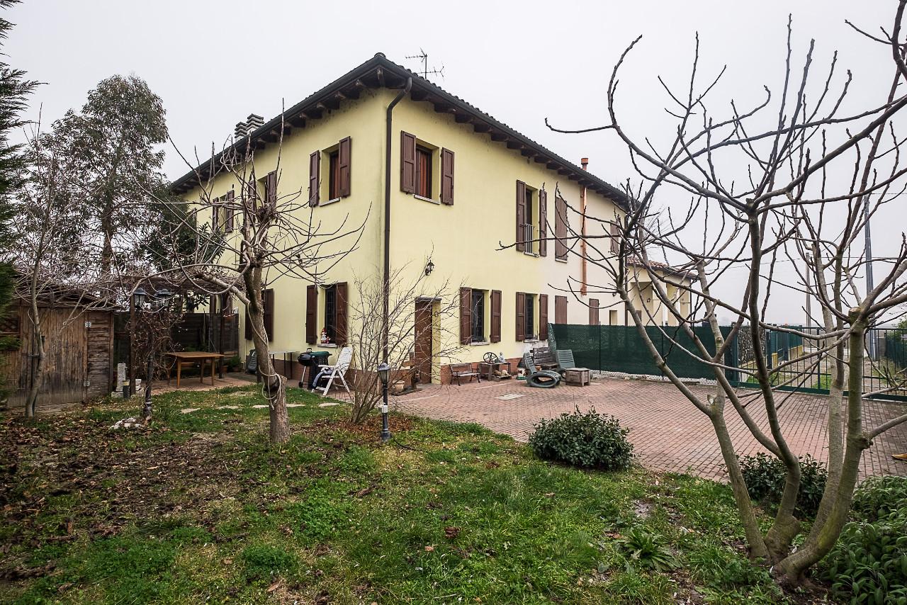 Bifamiliare Porz. in vendita Imola