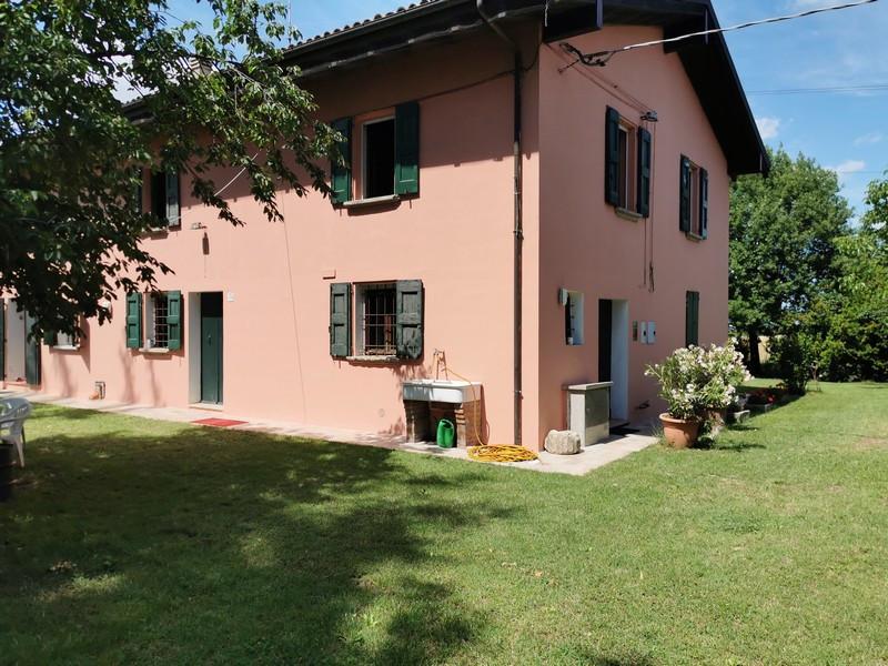 Casa Colonica in vendita Castel San Pietro