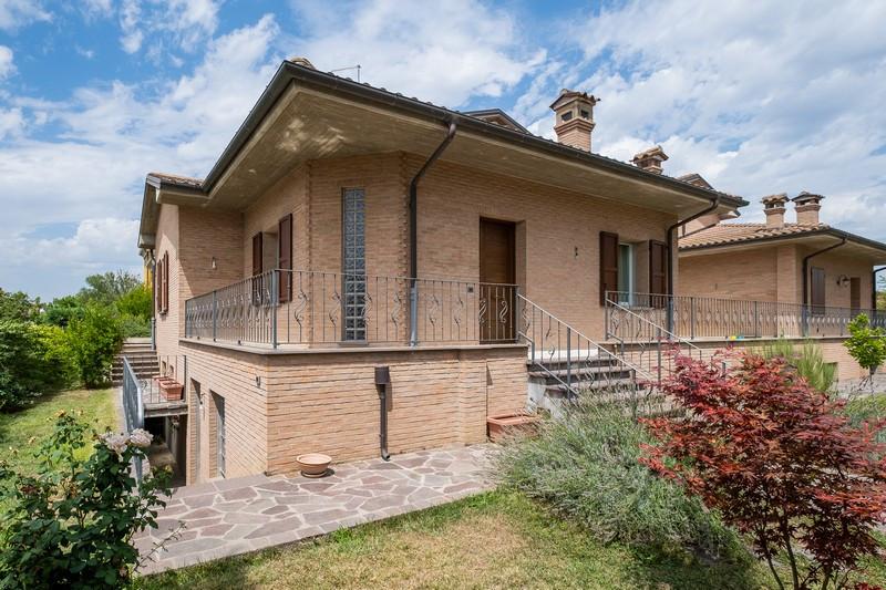 Villa Indip. in vendita Medicina