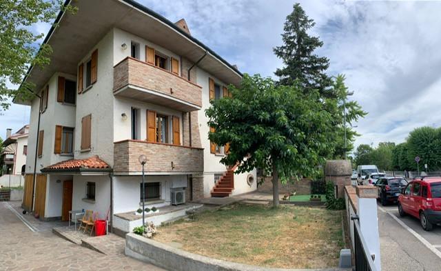 Villa Bifamiliare in vendita Medicina